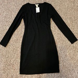 NWT! Black long sleeved dress from H&M. Size Small